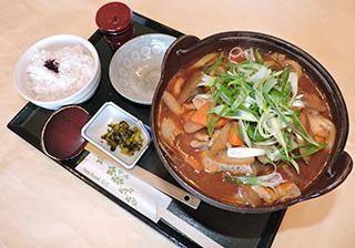 根菜の味噌煮込みうどん定食